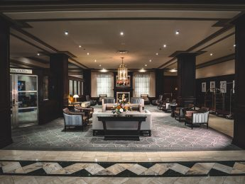 Lobby - Lord Elgin Hotel downtown Ottawa