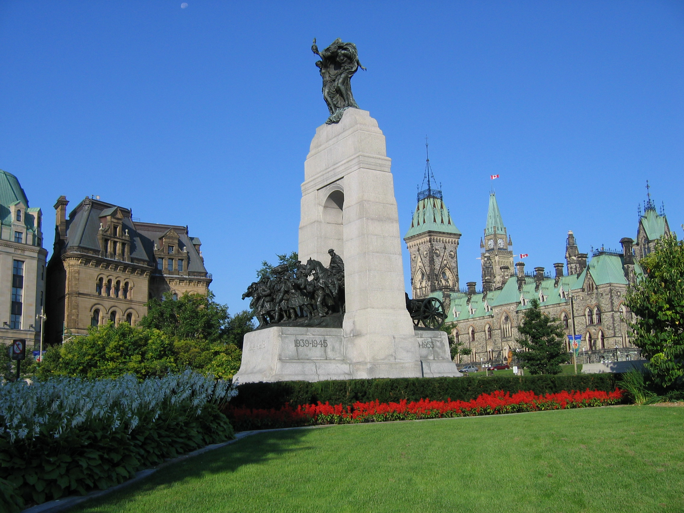 Remembrance Day Ceremonies in Ottawa