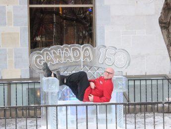 Lord Elgin Hotel Ice Bench - Winterlude 2017